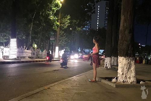 Pute dans le Rue à Phnom Penh